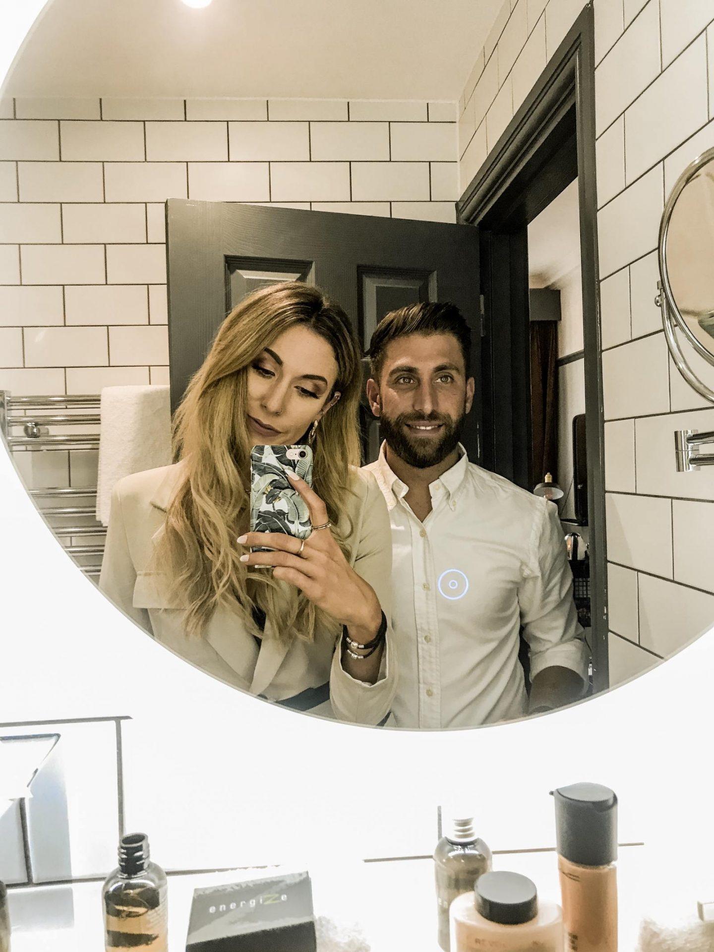 Bath hotel mirror selfie