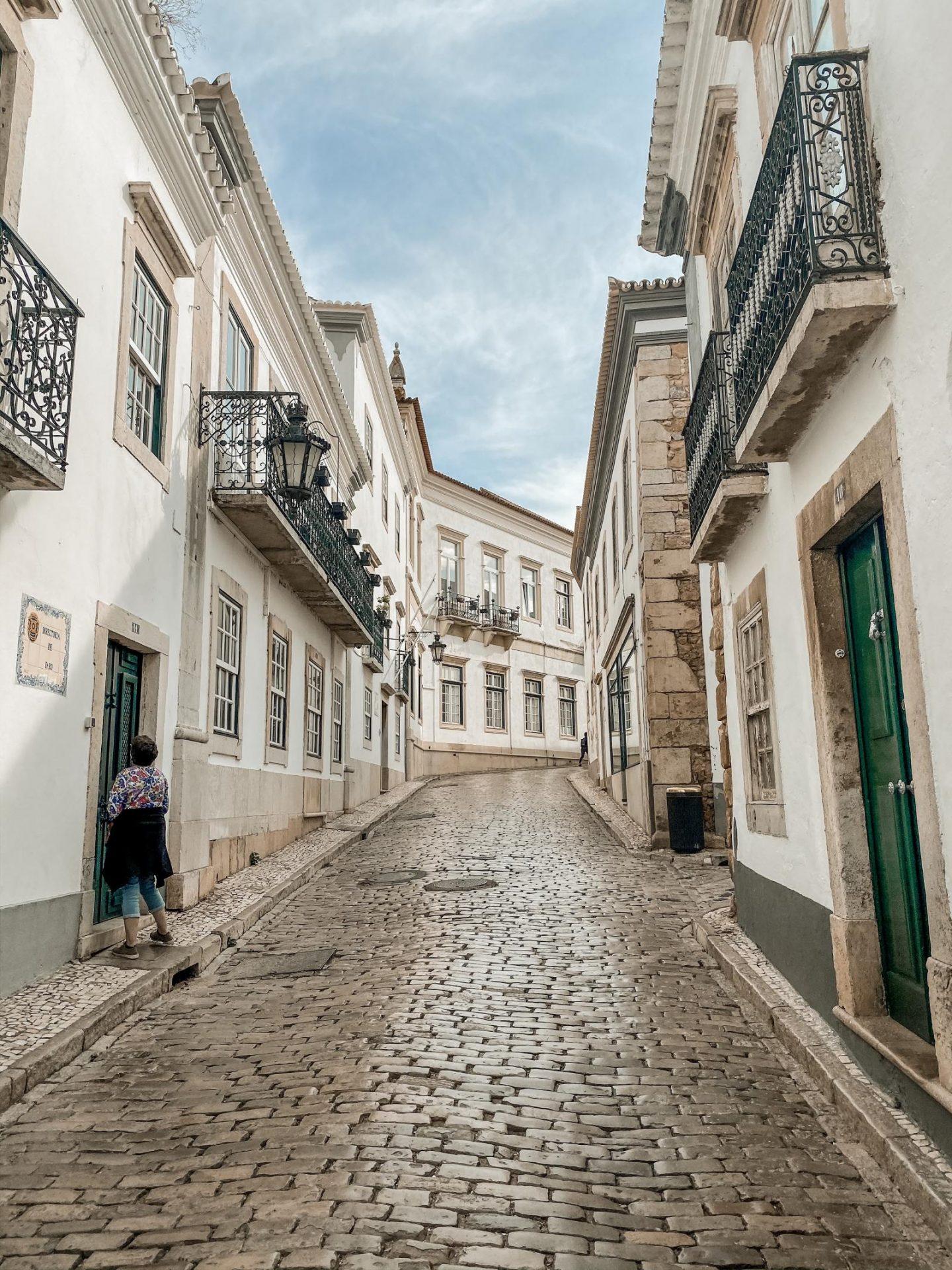 Algarve guide Faro streets